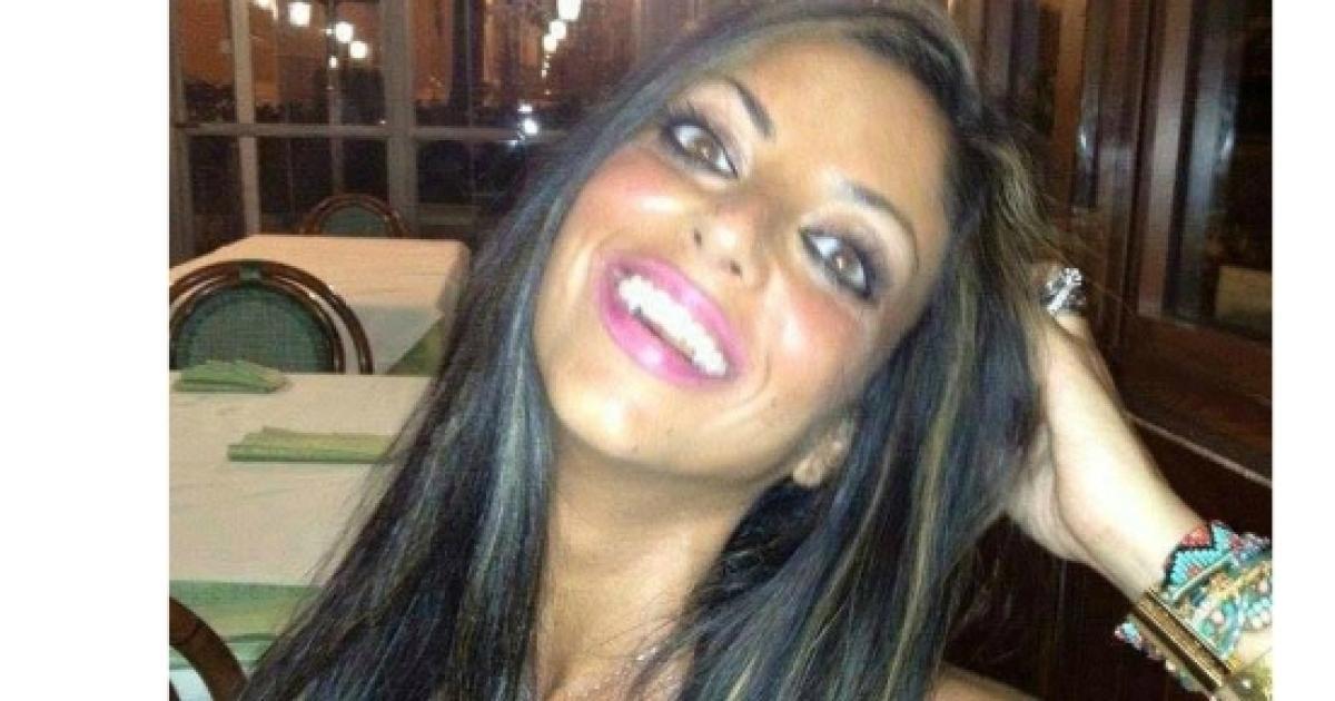 Tiziana Cantone: La ragazza dei video hard amatoriali si uccide