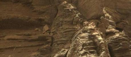News Report Center : NASA's Mars Curiosity Rover Takes Photos Of ... - newsreportcenter.com