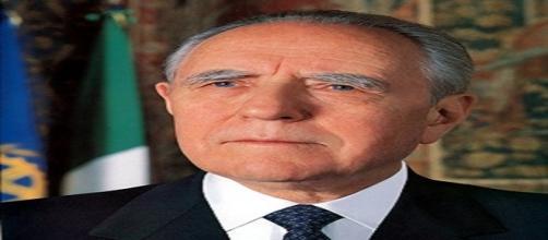 E' morto Carlo Azeglio Ciampi, lutto nel mondo della politica italiana