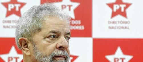 Lula espera que promotor apresente provas contra ele