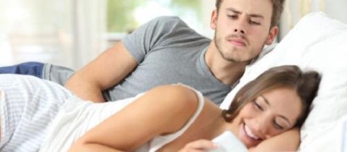 Muita distração atrapalhando relacionamento? Ligue o alerta