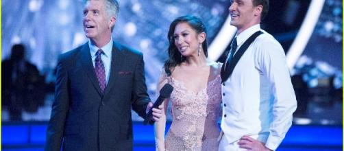 Ryan Lochte Gets Attacked By Audience Member During 'DWTS' - Watch ... - justjared.com