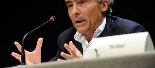 Tito Boeri continua a parlare di tagli a vitalizi e pensioni alte per una maggiore equità