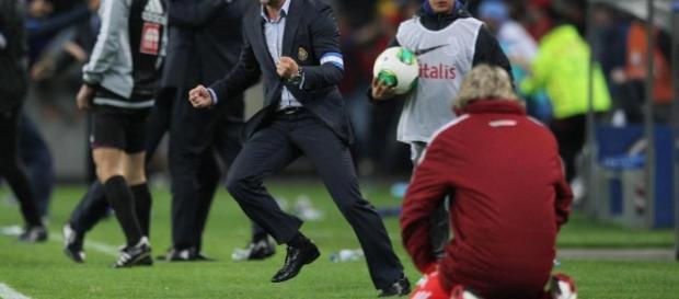 Desportubol: Jorge Jesus de joelhos no Dragão - blogspot.com