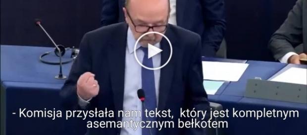 Europoseł Legutko dosadnie punktuje KE.