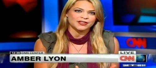 Amber Lyon en directo desde los estudios de CNN.