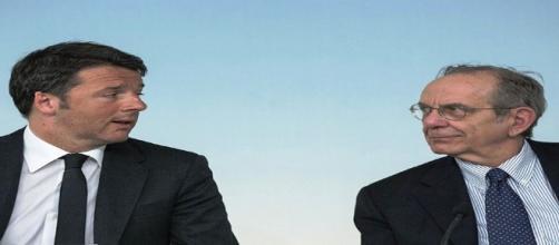 Il premier Matteo Renzi e il ministro dell'Economia Padoan.