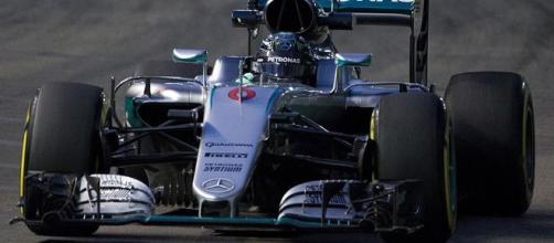 Nico Rosberg durante la celebración del GP de Singapur 2016
