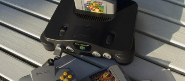 Consola Nintendo 64, cartuchos y controles