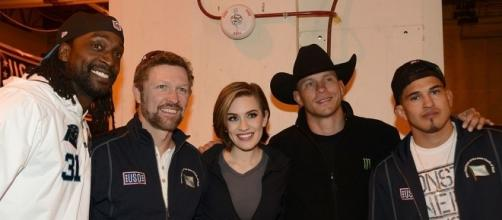 Donald Cerrone (in cowboy hat, second from right) at USO Spring 2016 Entertainment Tour. Photo c/o Wikimedia Commons.