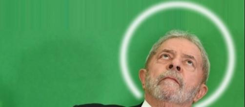 Lula se compara a Jesus Cristo durante pronunciamento