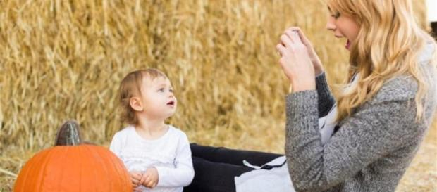 Una teenager fa causa ai genitori per aver postato foto di lei su ... - lastampa.it