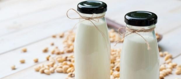 Wegańskie przepisy na mleko roślinne - page 4 - Kuchnia ... - elle.pl