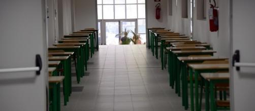 Scuola, stipendi docenti in calo: i 'dati impressionanti' sulla scuola italiana