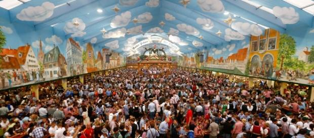 Oktoberfest - Volkfest in München