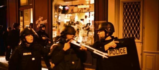 Paris : l'explosion d'une ampoule crée la panique dans le Marais ... - liberation.fr