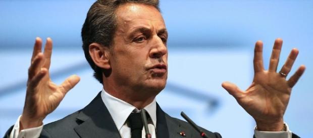 Sarkozy proche de l'incantation électoraliste mais imprécis dans l'analyse de la géopolitique mondiale