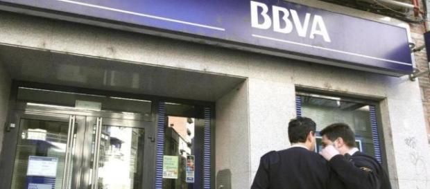 Sucursal del BBVA, Banco que desde hace días absorbió a Catalunya Caixa.