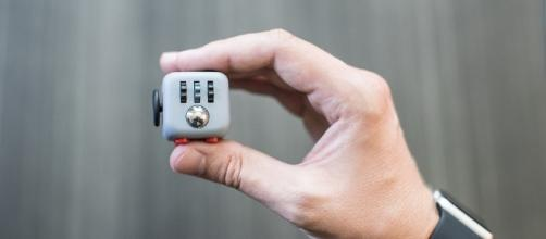 Fidget Cube   The Coolector - thecoolector.com