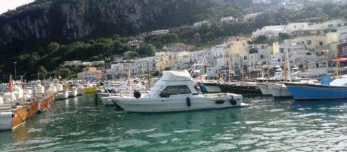 Panorámica de la isla de Capri, Italia