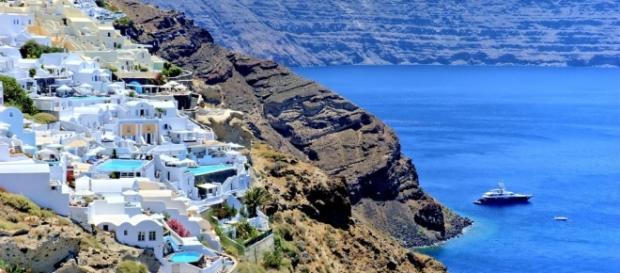 5 Amazing Private Villas in Greece for a Muslim Friendly Holiday ... - boardingarea.com