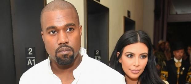 Kanye West dressing Kim Kardashian like 'The Empress has No Clothes?' Photo: Blasting News Library - xxlmag.com