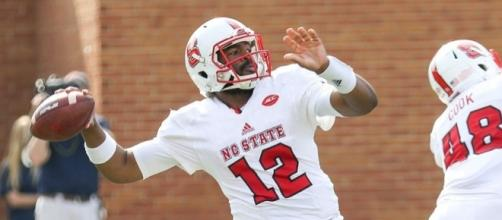 Jacoby Brissett as a North Carolina State QB in 2015. Photo c/o Ben Salama/Wikimedia Commons.