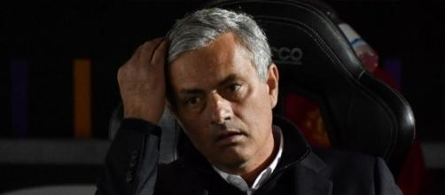 Mourinho slams football 'Einsteins' - yahoo.com
