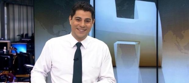 Evaristo Costa apresentado o Jornal Hoje (Foto: Divulgação)