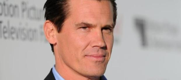 Josh Brolin and Kathryn Boyd: ENGAGED!! - The Hollywood Gossip - thehollywoodgossip.com
