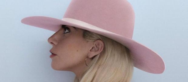 Lady Gaga : Joanne, son nouvel album sortira le 21 octobre 2016   MCM - mcm.fr