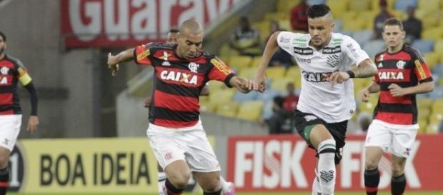 O Mengão chegou aos 50 pontos, um a menos que o Verdão, e mantém vivo o sonho do heptacampeonato (Crédito da foto: Gilvan de Souza/Flamengo)