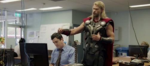 El compañero de Thor podría regreasar en Ragnarok
