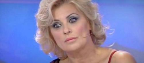 Momenti bui per Tina Cipollari?