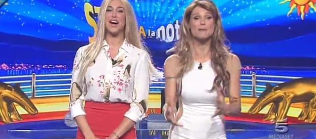 Belen Rodriguez e Michelle Hunziker a Striscia la Notizia