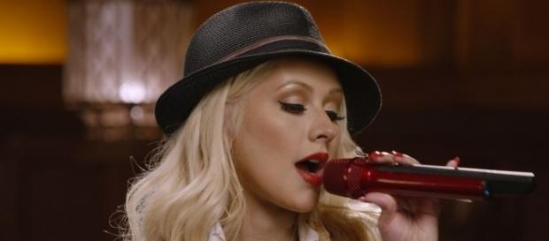 Christina Aguilera Taught Me How to Sing for $90 - Racked - racked.com