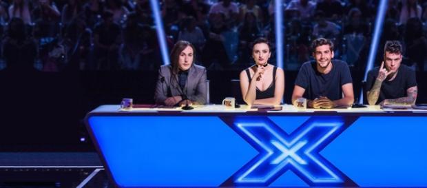 X Factor 2016 replica prima puntata