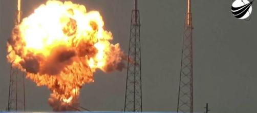 Video Shows SpaceX Rocket Explosion During Pre-launch Test at Cape Canaveral, Florida (via nbcnews.com)