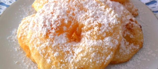 "Frittelle di mela |Sloppina in cucina ""Fragole e Vaniglia"" - cookaround.com"