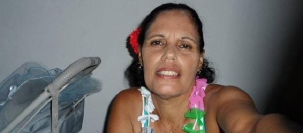 Mulher foi morta pelo marido dentro da casa onde morava