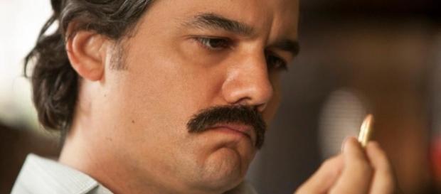 Narcos, seconda stagione: Pablo Escobar in fuga