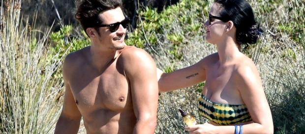 Orlando Bloom's Naked Paddleboarding Pics Shown in Daily Star - Us ... - usmagazine.com