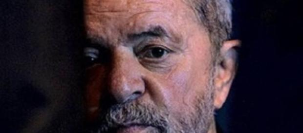 Revelações de Delcídio do Amaral comprometem ainda mais o ex-presidente Lula