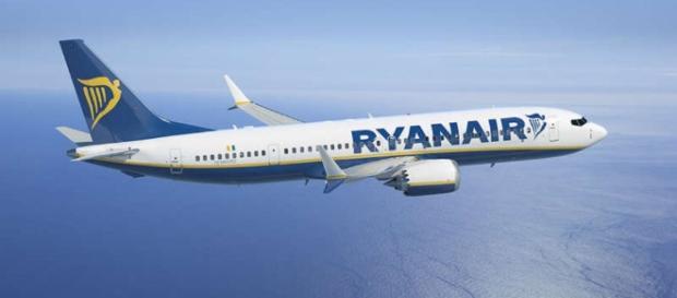 Volo Ryanair non riesce ad atterrare a causa di una bimba di 4 anni.