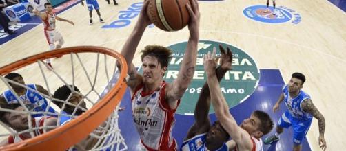 Basket, Supercoppa 2015: Reggio Emilia in trionfo, Milano ancora ... - oasport.it