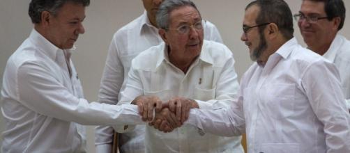 Tras cita con Raúl Castro, FARC y gobierno colombiano están ... - elestimulo.com