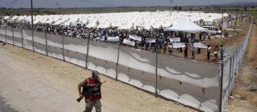 Uno dei tanti campi profughi dislocati in territorio turco