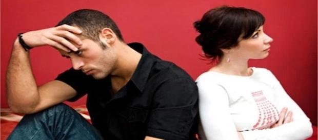 Casais que não conseguem manter um relacionamento.