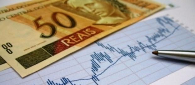 Economia segue instável, mas algumas áreas se salvam