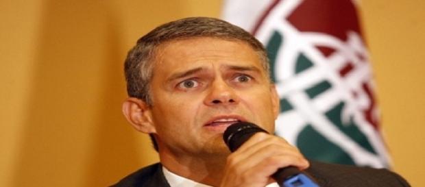 Em entrevista a canal fechado, Peter Siemsen fala sobre situação do Maracanã (Foto: Blog da Flusócio)